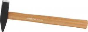 Молоток с деревянной рукояткой 500 гр.